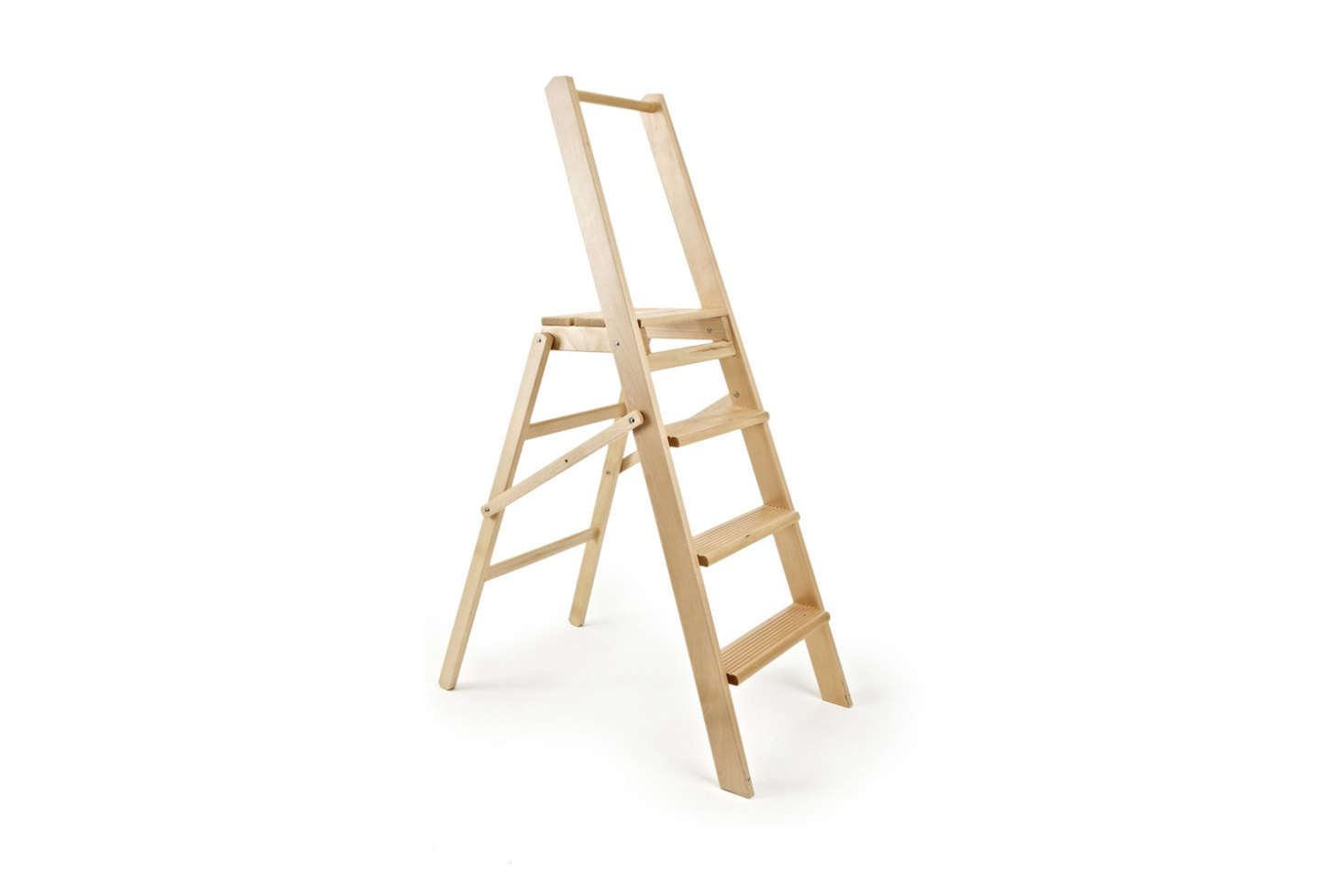 At last, the Summerhill & Bishop Wood Four Step Ladder barely makes the cut (it&#8
