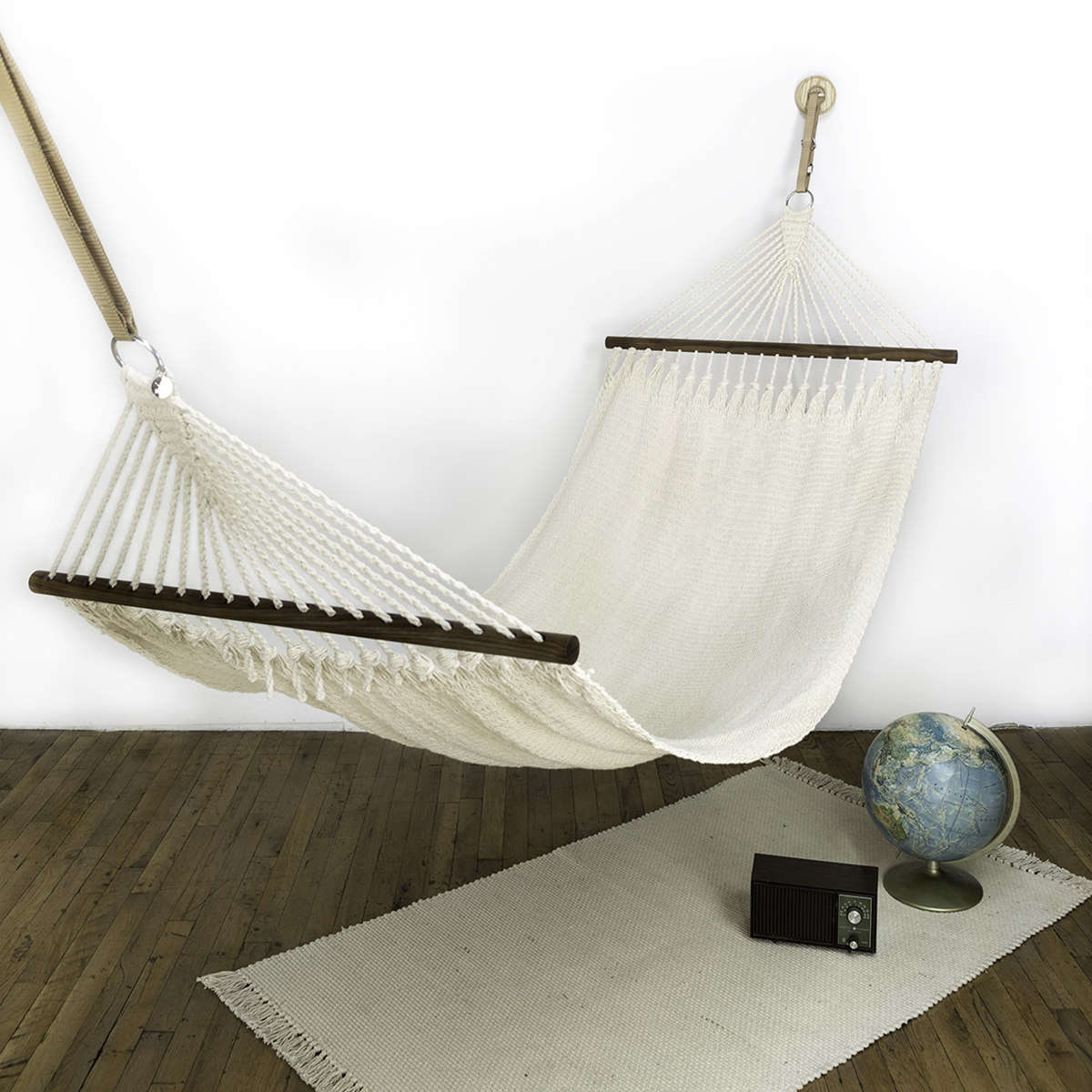 Julie discovered these cool Brooklyn-by-way-of-El-Salvador hammocks at Field + Supply last week. We approve. See Summery (and Chic) Hammocks from Nudo Handmade.