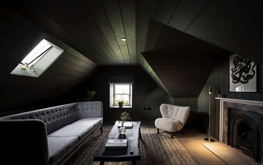 在天花板上——每个房间都不会太暗,希望能永远都能把它留在地板上。看见《纽约市政厅》,一个新的《曼恩》,一次,一次,一次,将会变成一种神奇的圣科卡。