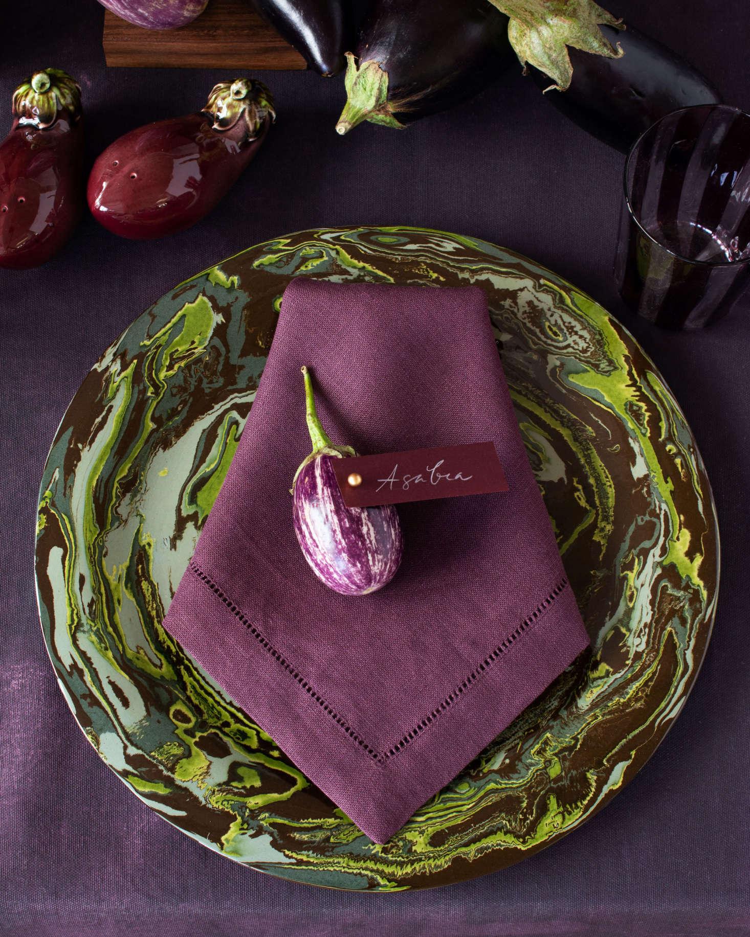 一个迷你玻璃的小女孩是个叫卡片的。餐巾,是葡萄干,从兰花上提取的!这酒店是圣安东尼斯提亚·巴斯。