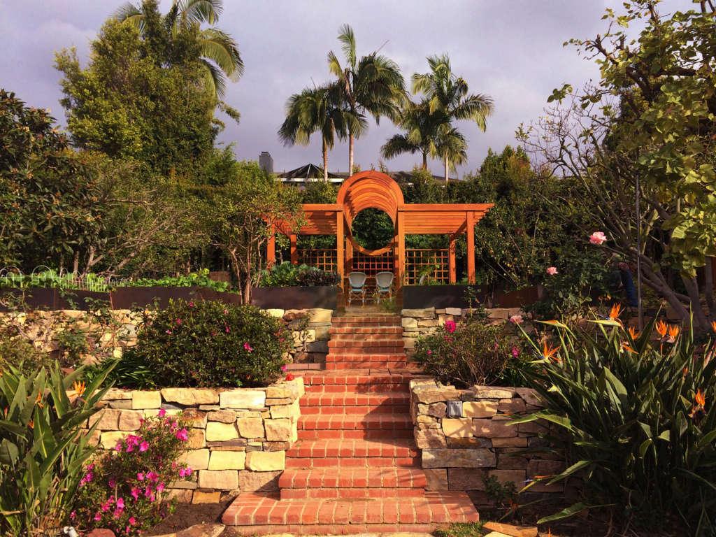 Chic Urban Farm - Gardenista