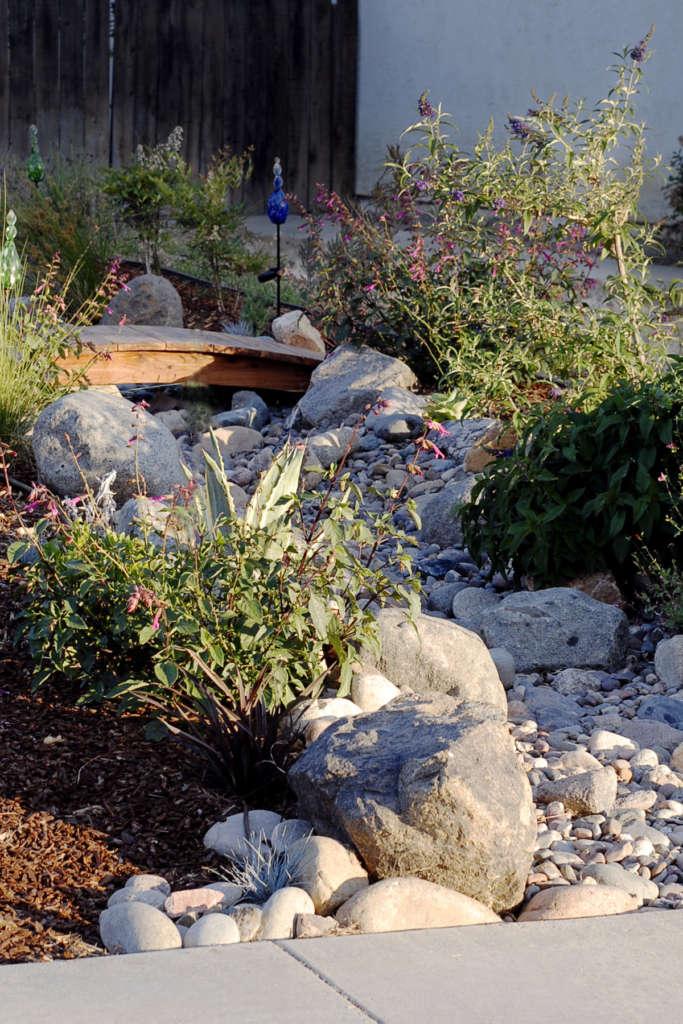 Lawnless Front Yard Garden - Gardenista on